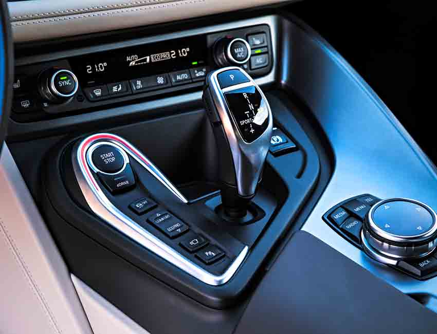 BMW i8 Plug-in Hybrid Coupe Performance 5 Driving Modes