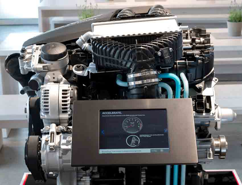 BMW M4 GTS 500HP Water Injection Technology