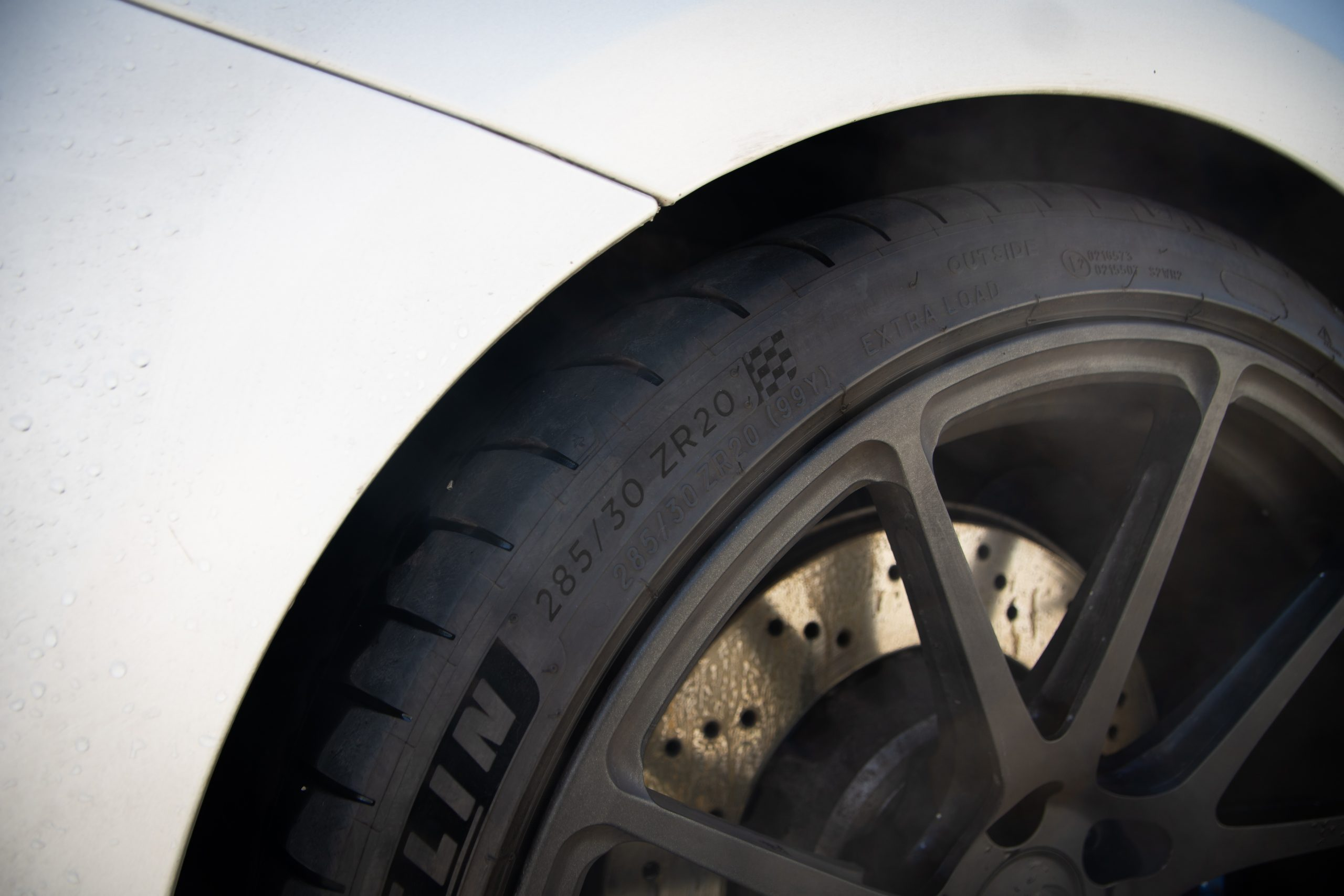 michelin pilot sport 4s tires - cleaning & scrubbing